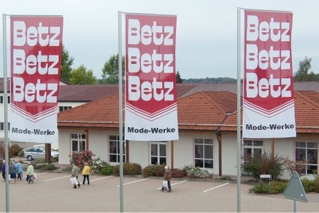 Shopping beim Betz Modemarkt in Ödenwaldstetten